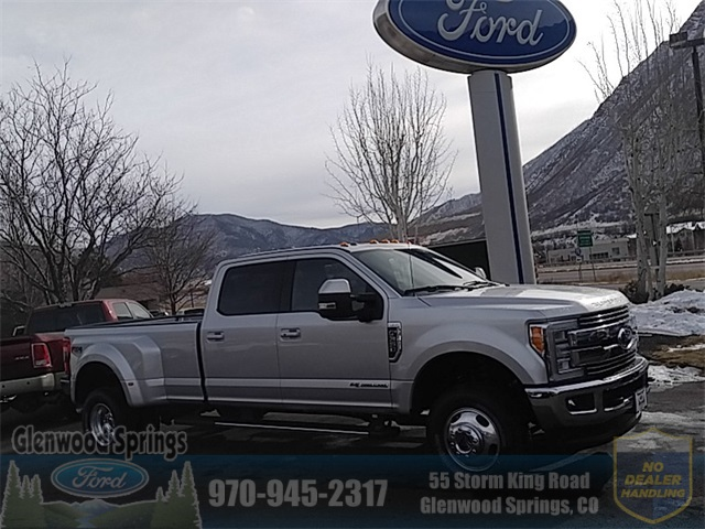 New 2018 Ford F-350SD Lariat